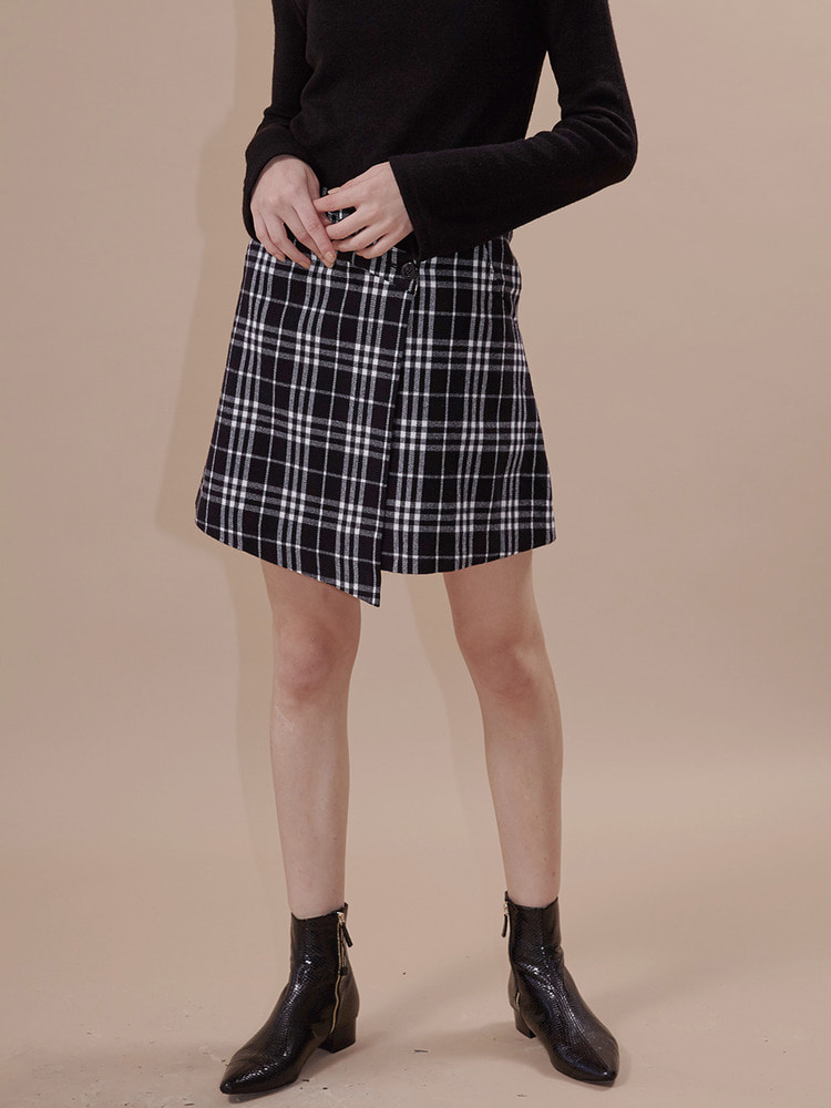 ATTENTION WRAP SKIRT_black