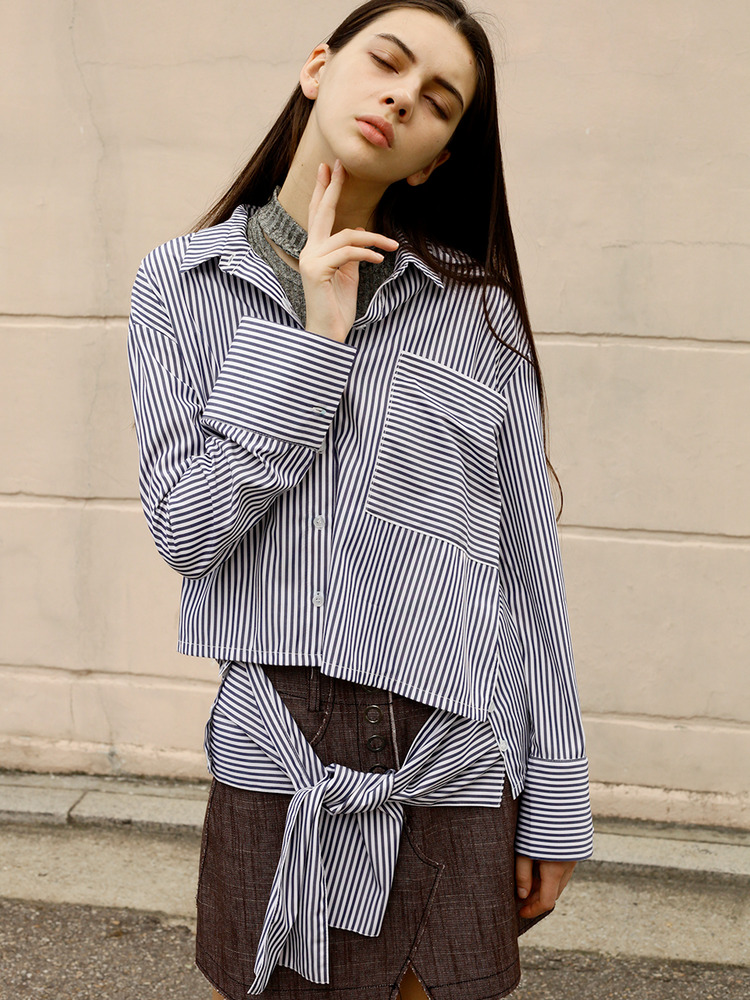 FLAGSHIP CROPPED SHIRT