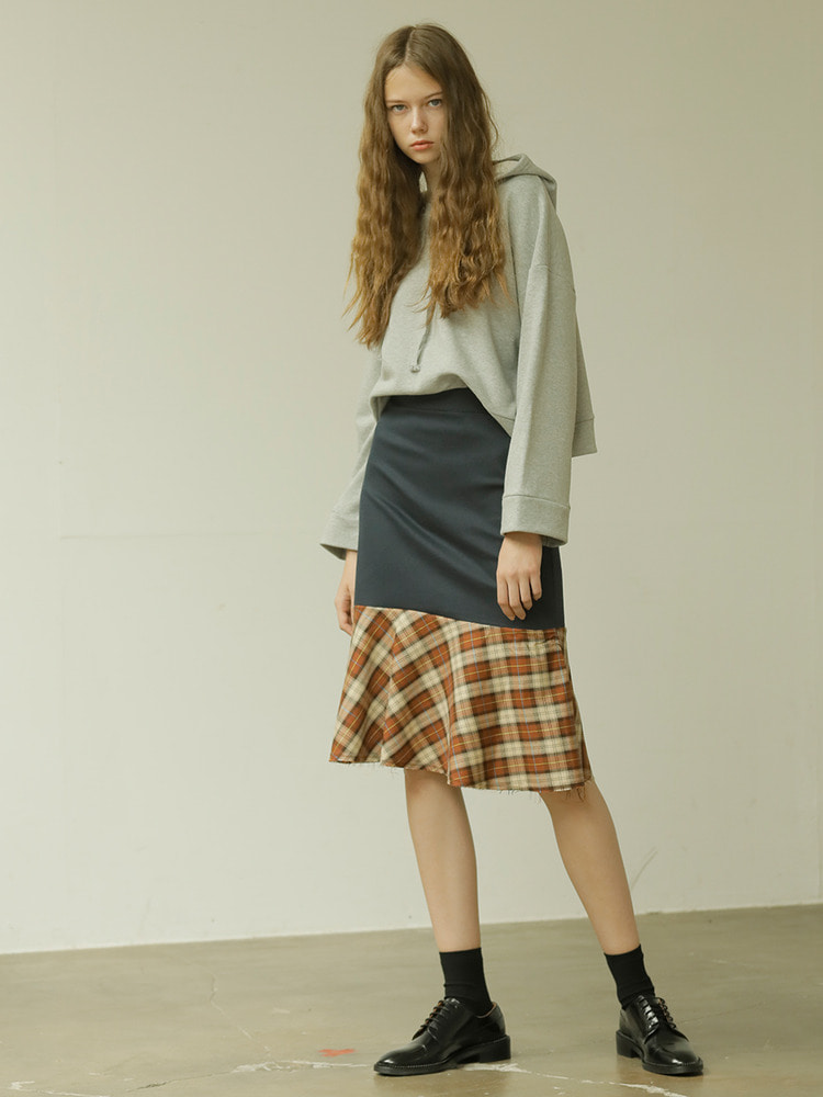 KAREN CHECK SKIRT_navy