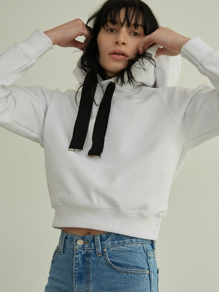 MOST CROPPED HOODIE_white