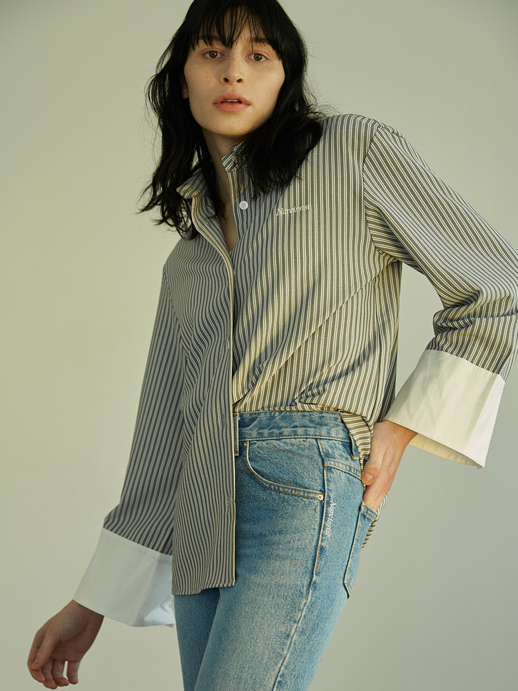 [모모랜드 낸시 착용]CHIC OVERSIZED SHIRT_grey stripe